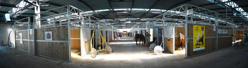 boxes chevaux Hippodrome Lisieux normandie Calvados